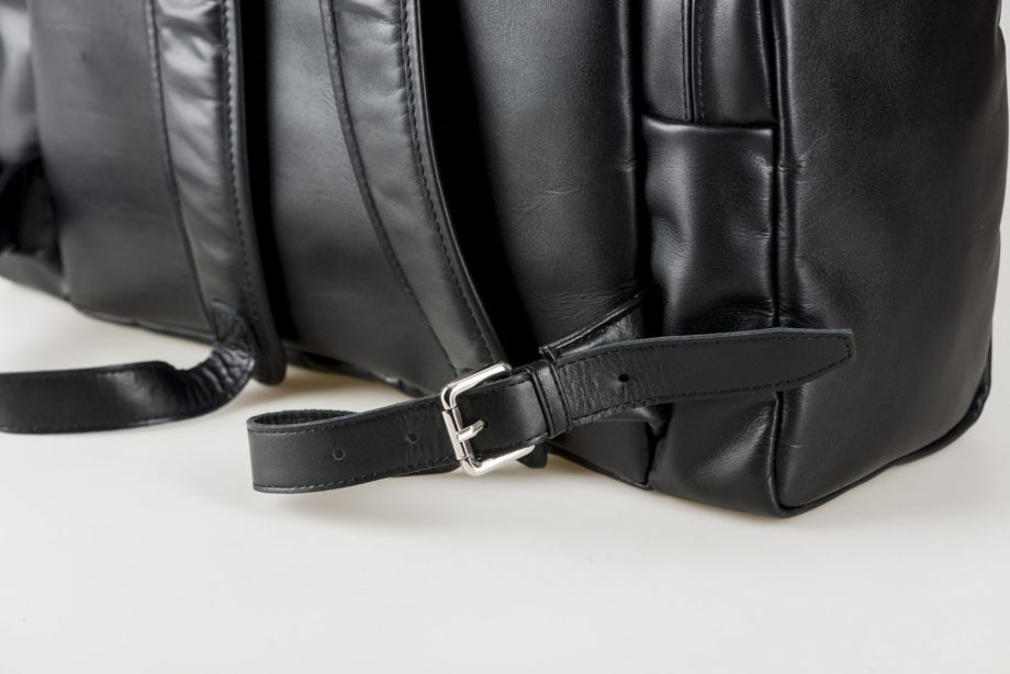 vegetable tanned leather Backpack in black